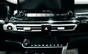 SUV_2559